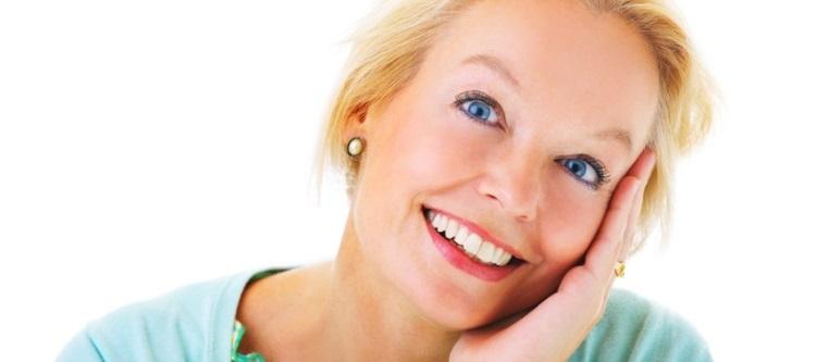 Как проявляется удлинение зубного ряда