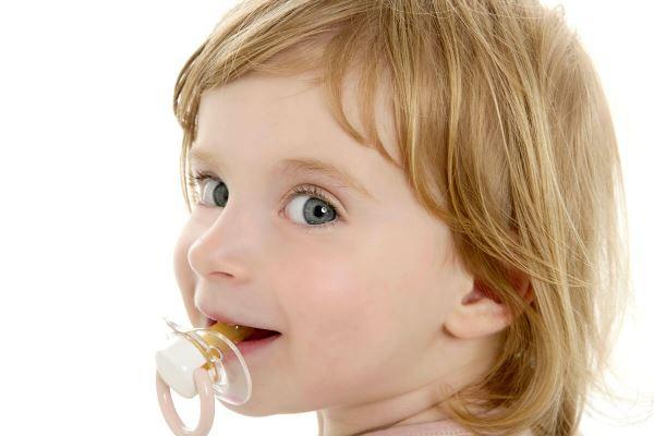 Как предотвратить развитие отклонений молочного прикуса