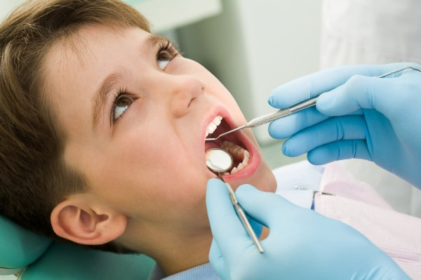 Как предотвратить удлинение зубного ряда