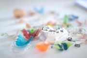Как происходит выпрямление зубов без брекетов