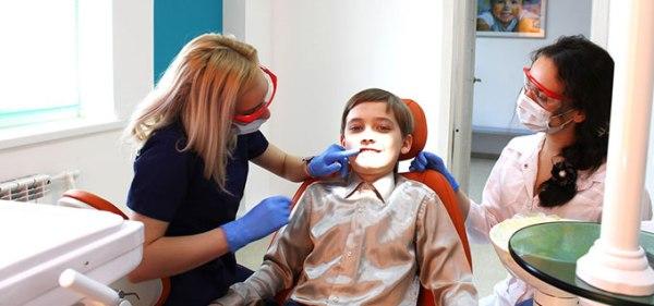 Способы выравнивания зубов без применения брекетов